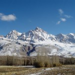 Demirkazik_Crest_of_Aladag_Mountains_in_Nigde_Turkey