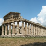 Temple_of_Athena_at_Paestum
