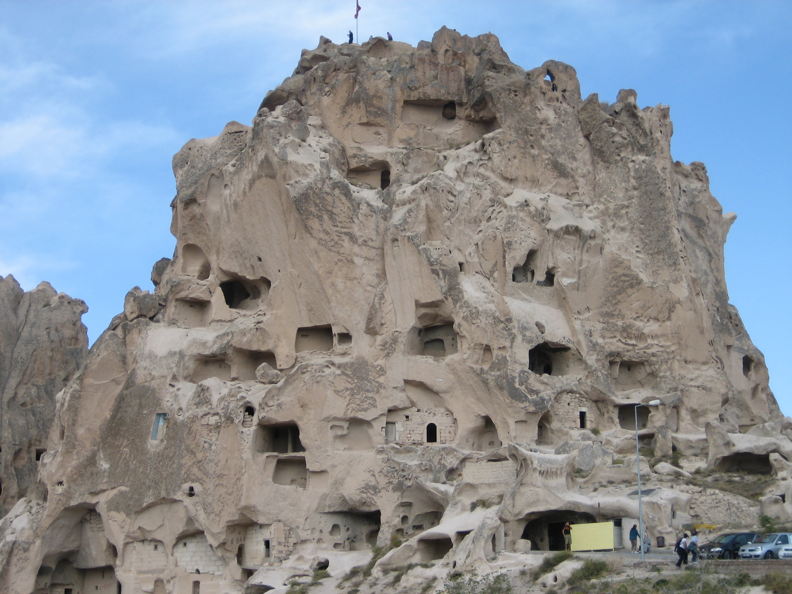DAILY TOUR FROM ISTANBUL TO CAPPADOCIA (BY PLANE)  Hanen Travel